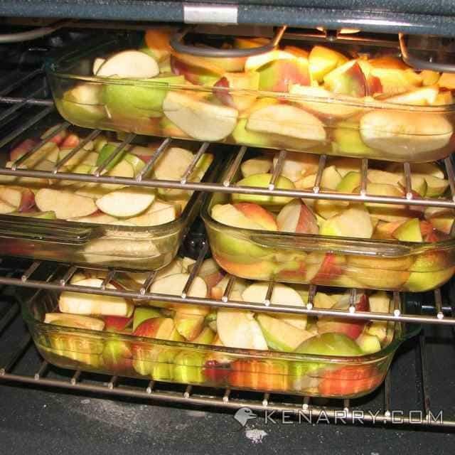Baking apples in oven
