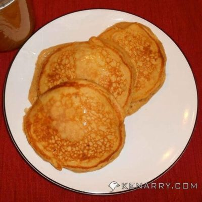 Cinnamon Applesauce Pancakes - Kenarry.com