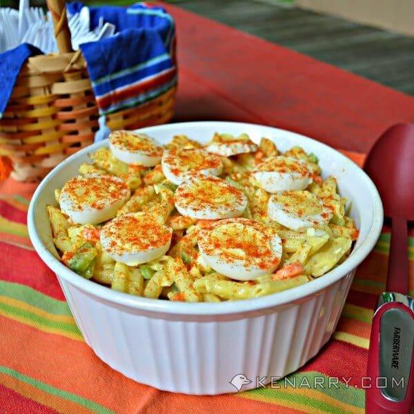 Easy Macaroni Salad: Classic Summer Potluck Recipe