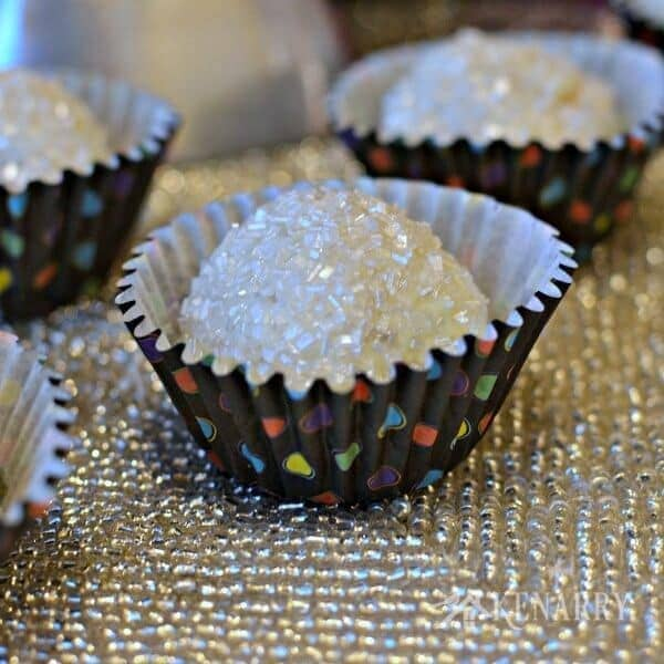 I love how these OREO Cookie Balls sparkle! They'd be a perfect dessert for a New Year's Eve party!