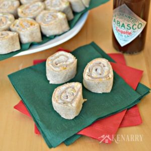 What delicious party food! These Chipotle Turkey Roll-ups look amazing for family gatherings and holiday parties.