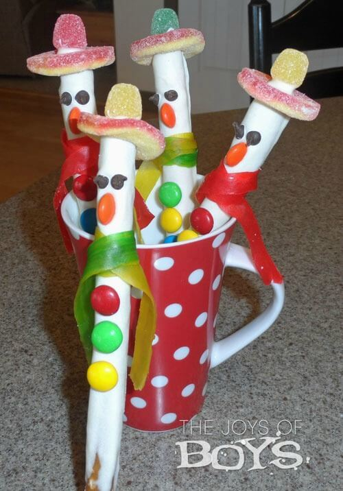 Snowman Pretzels - The Joys of Boys featured on Ideas for the Home by Kenarry™