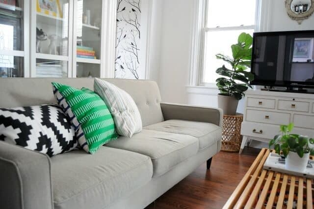 Eclectic living room design example -