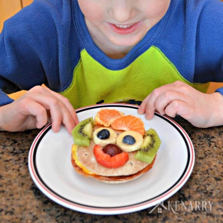 Start your day with a little fun! Turn Jimmy Dean Delights Frozen Breakfast Sandwiches into happy faces using fruit for an easy meal your kids will love.