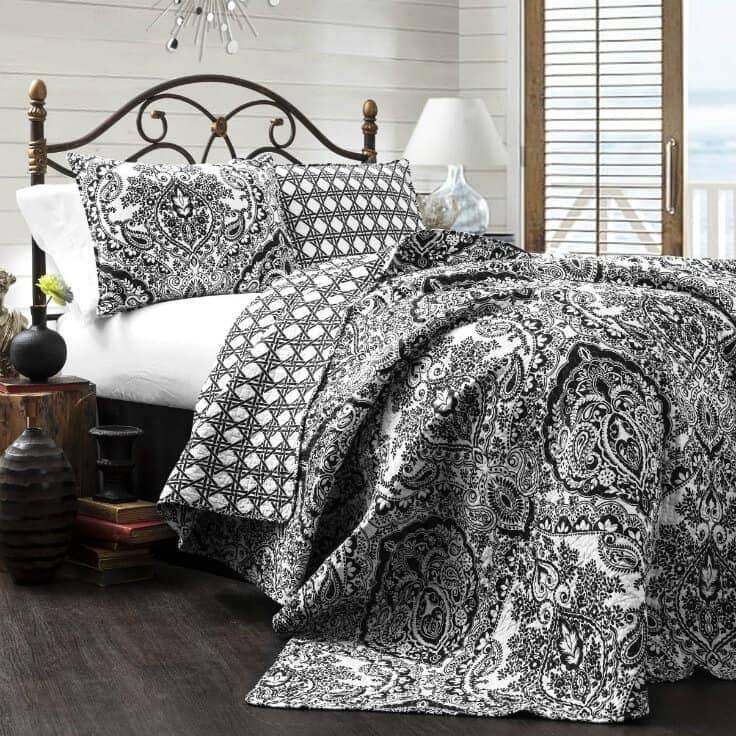Bedroom ideas - Lush Decor Aubree 3 Piece Quilt Set