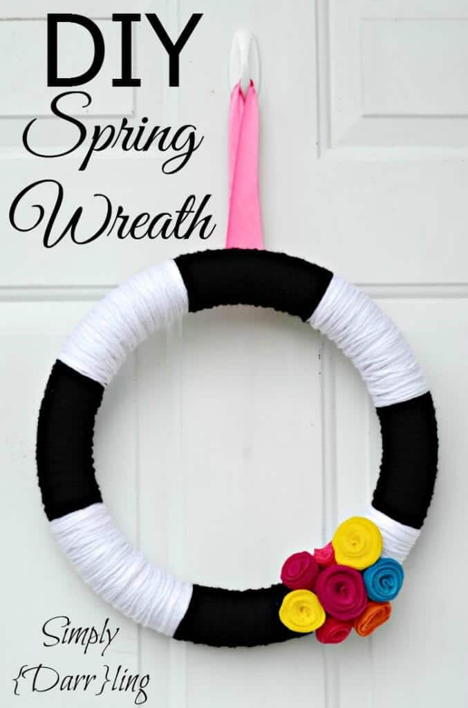 DIY Spring Yarn Wreath - Simply {Darr}ling featured on Kenarry: Ideas for the Home