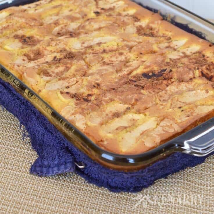 Love apples? This Caramel Apple Coffee Cake recipe is a great fall idea for the next breakfast, brunch or dessert you host for friends at your home.