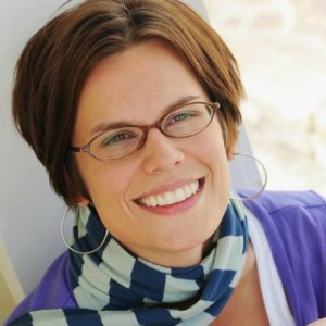Amy Anderson from Mod Podge Rocks! featured in the Summer Spotlight on Kenarry: Ideas for the Home