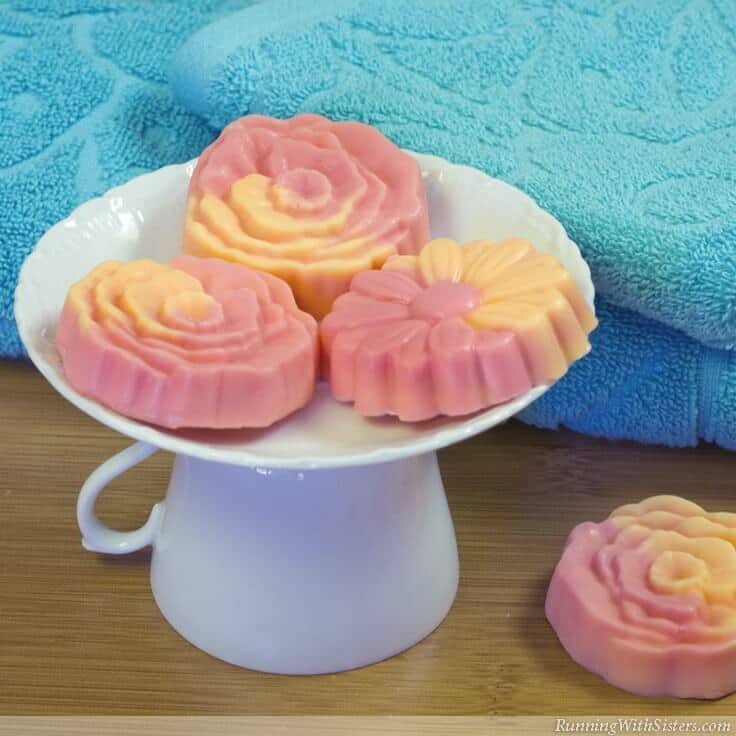 Orange Bergamot Guest Soaps: How To Make Swirled Melt and Pour Soaps