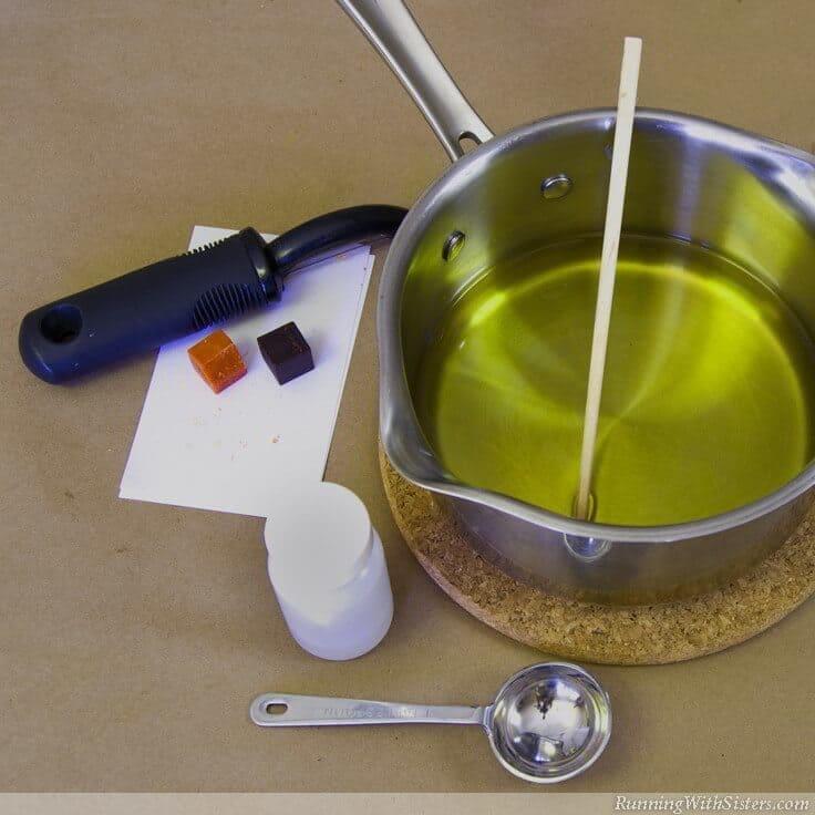 DIY Pumpkin Pie Jar Candle - Step 4