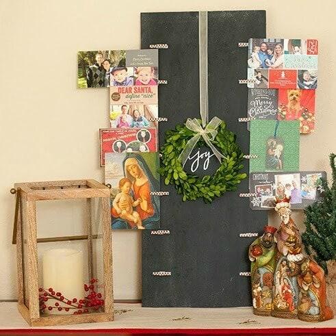 DIY Christmas Card Holder – My Bella Bug - 18 Ideas for Displaying Christmas Cards on Kenarry.com