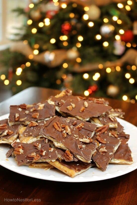Saltine Chocolate Toffee - How to Nest for Less featured at Think and Make Thursday on Kenarry.com