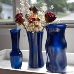 A quick and easy DIY project from The Birch Cottage: DIY Spray Painted Glass Vases.