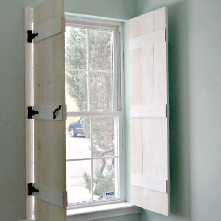 How to Make Indoor Farmhouse style Shutters