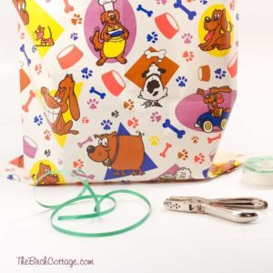 How to Make Gift Bags from Wrapping Paper
