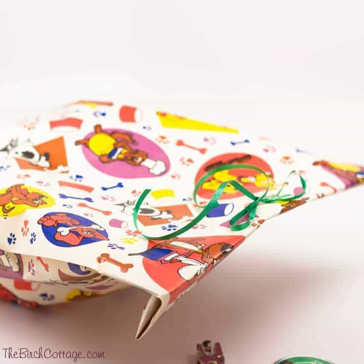 The Birch Cottage shares an easy tutorial on how to make gift bags from wrapping paper!
