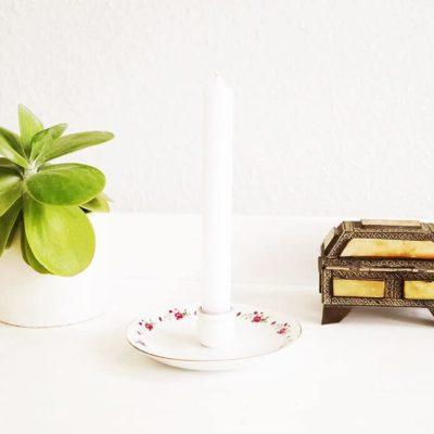 Saucer candleholder
