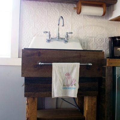 How I built my own rustic sink base for our kitchen!