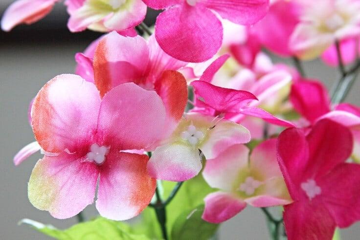 Spring-Wreath-Pink-Flowers