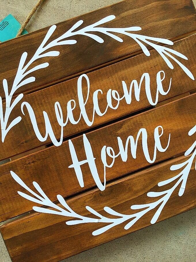 Welcome Home Pallet Sign 2