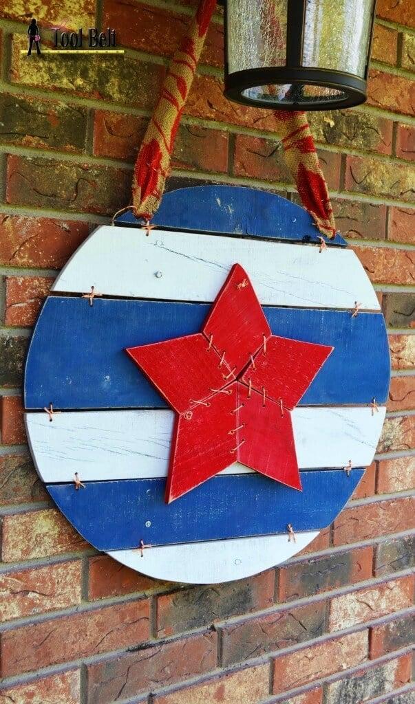 Americana Door Art – Her Tool Belt - 4th of July Wreaths featured on Kenarry.com