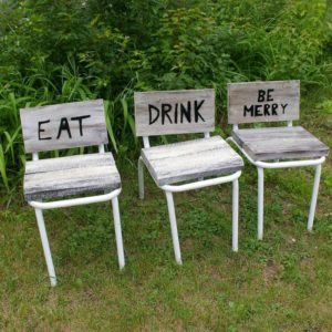 How to Convert Old Chairs Into Fun Tables and Seating