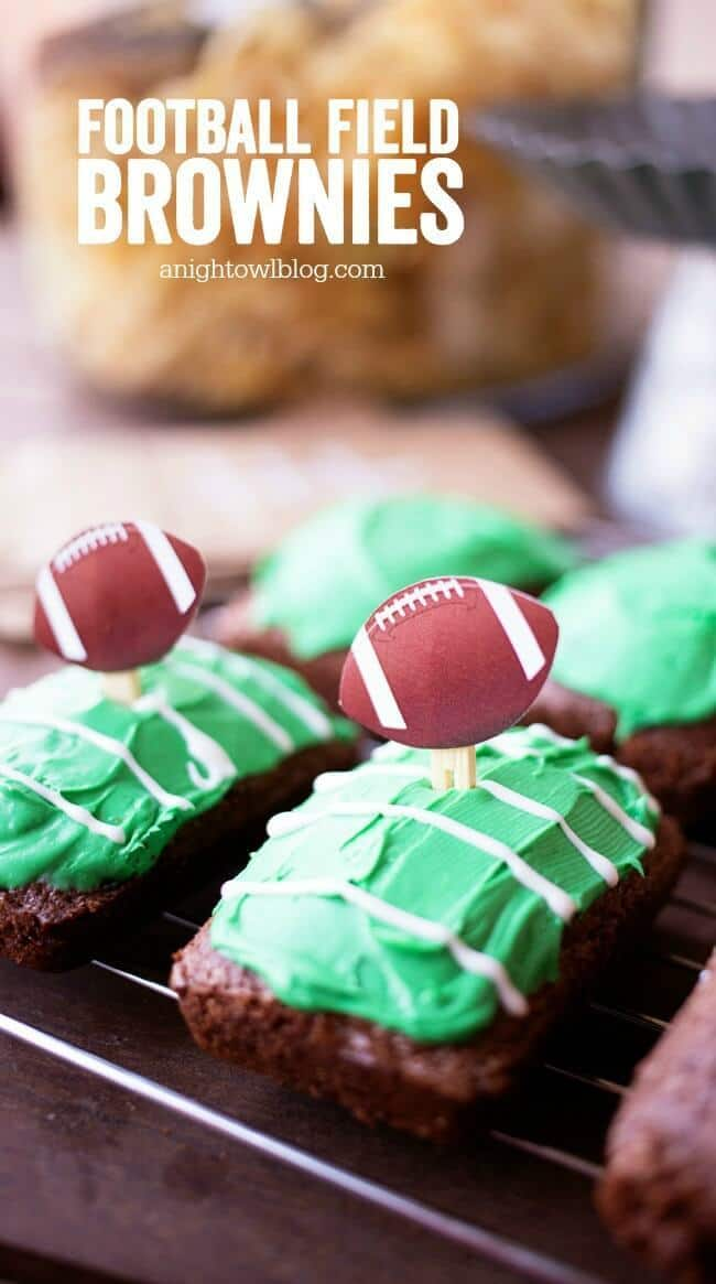 Football Field Brownies – A Night Owl Blog - 14 Football Shaped Food Ideas featured on Kenarry.com