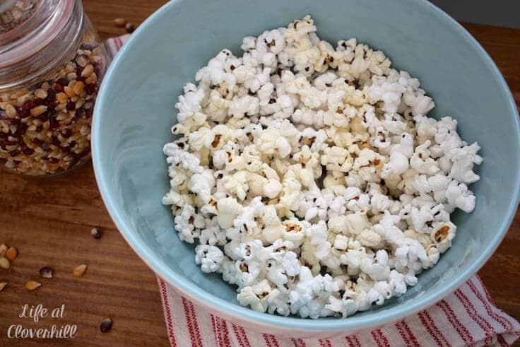 freshly-popped-popcorn