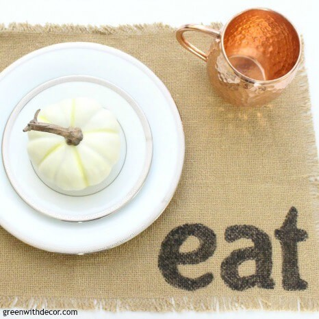 DIY Placemats with Burlap and Permanent Marker
