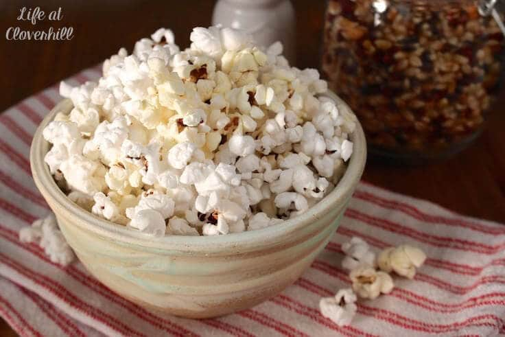 microwave-popcorn-in-bowl3
