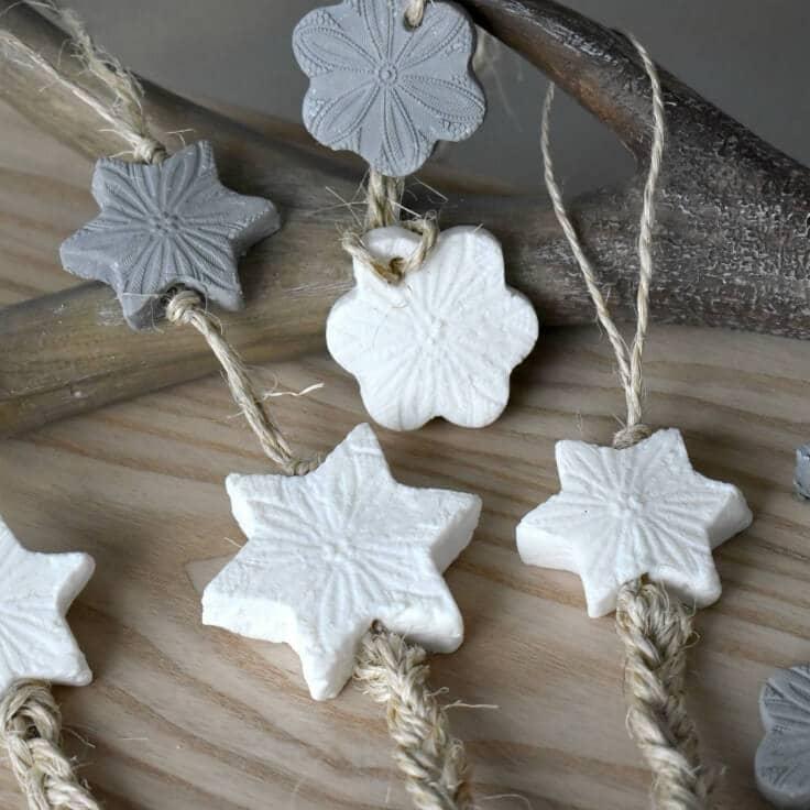 Handmade Soap Chains: Easy DIY Gift Idea