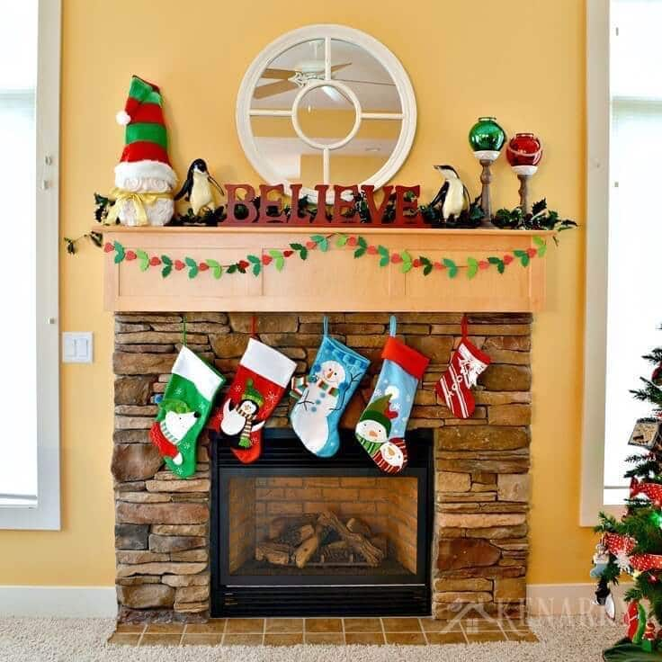 Christmas Mantel.Christmas Mantel Decor Ideas Red And Green Accents