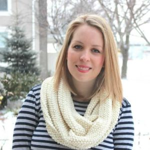 how-to-knit-an-infinity-scarf