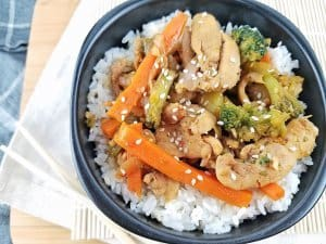 Sesame Chicken Stir Fry by Rachel Groff 2