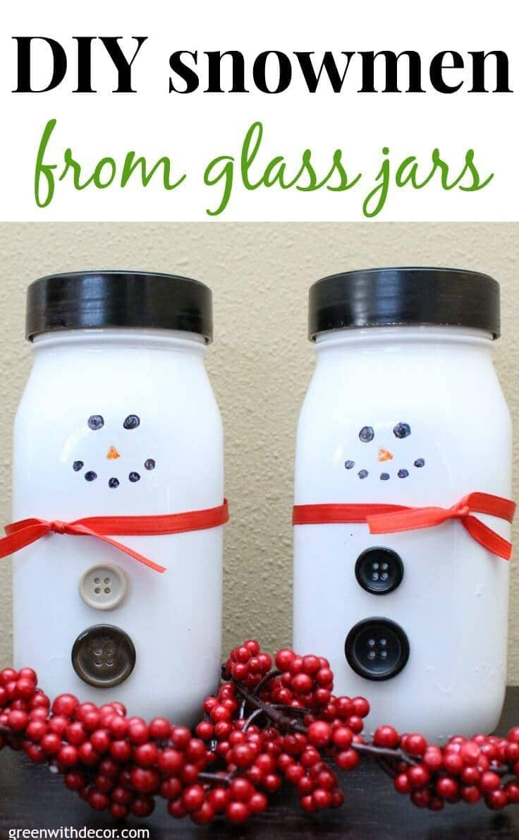 How to make snowmen from glass jars. What a fun winter DIY project!