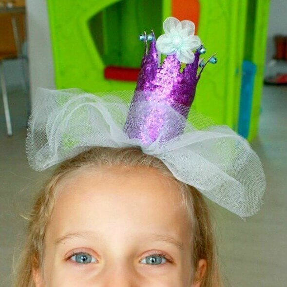 make a DIY princess crown
