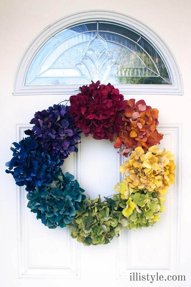 5 Minute Rainbow Wreath – illistyle - St. Patrick's Day Home Decor Ideas featured on Kenarry.com