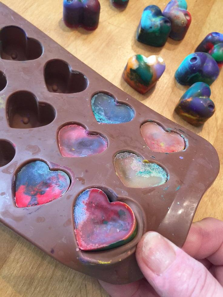 How to make homemade heart shaped crayons