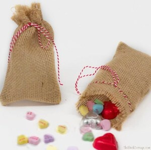 DIY Burlap Valentine's Day Treat Bags are easy to make!