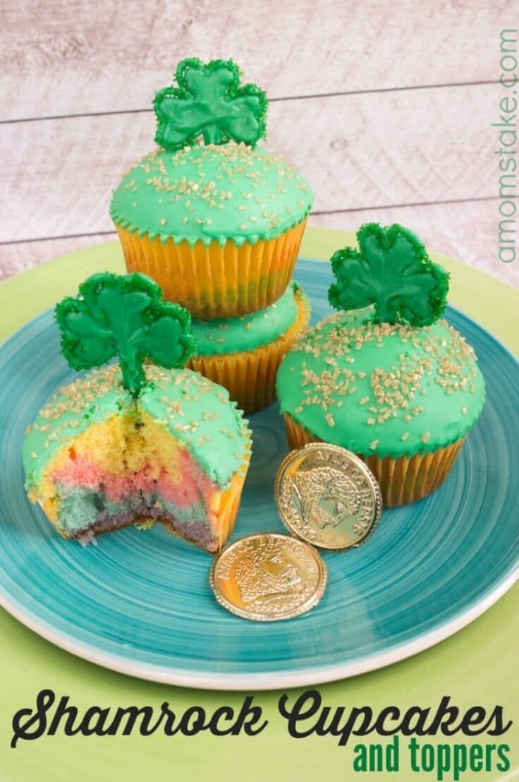 Shamrock Cupcakes + Toppers Recipe - A Mom's Take - St. Patrick's Day Desserts featured on Kenarry.com