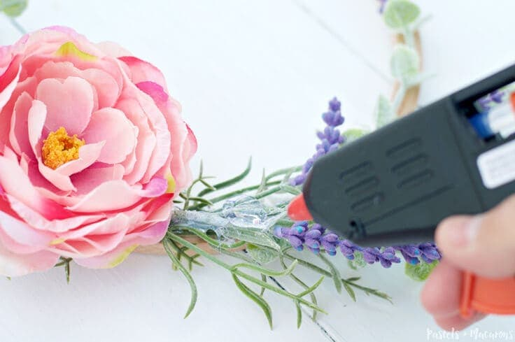DIY floral Embroidery Hoop Spring Wreath