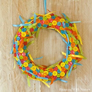 Make a cute button and ribbon wreath. It's easy. Just tie ribbons and glue on buttons. We'll show you how!