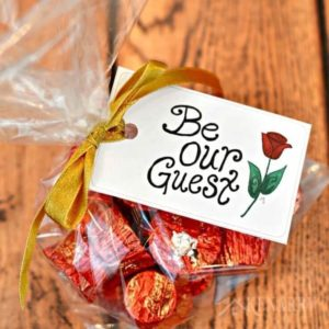 Beauty and the Beast Party Favors: Free Printable Tags