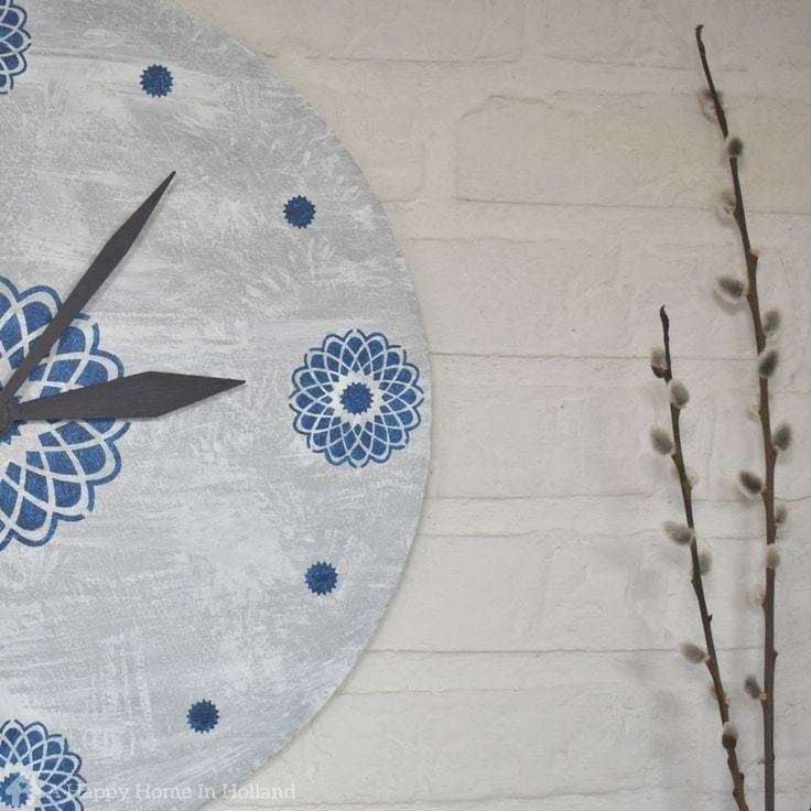 DIY Upcycled Clock: Quick & Easy Stencilling Project Idea To Make Over Old Thrift Store Clocks In To Modern Home Decor Accents