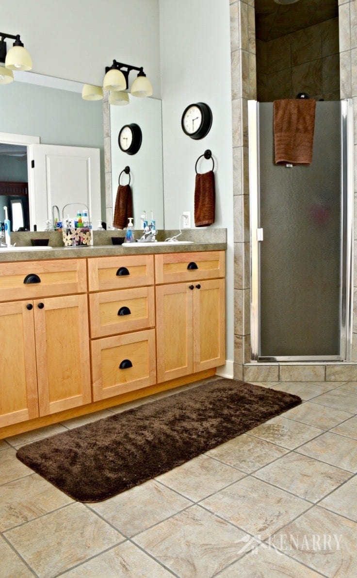Clean tile floors easily without chemicals or scrubbing i love this easy idea for how to clean tile floors quickly and easily dailygadgetfo Image collections