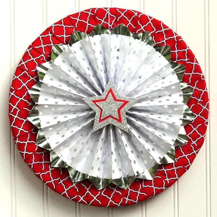 Paper Fan 4th of July Wreath