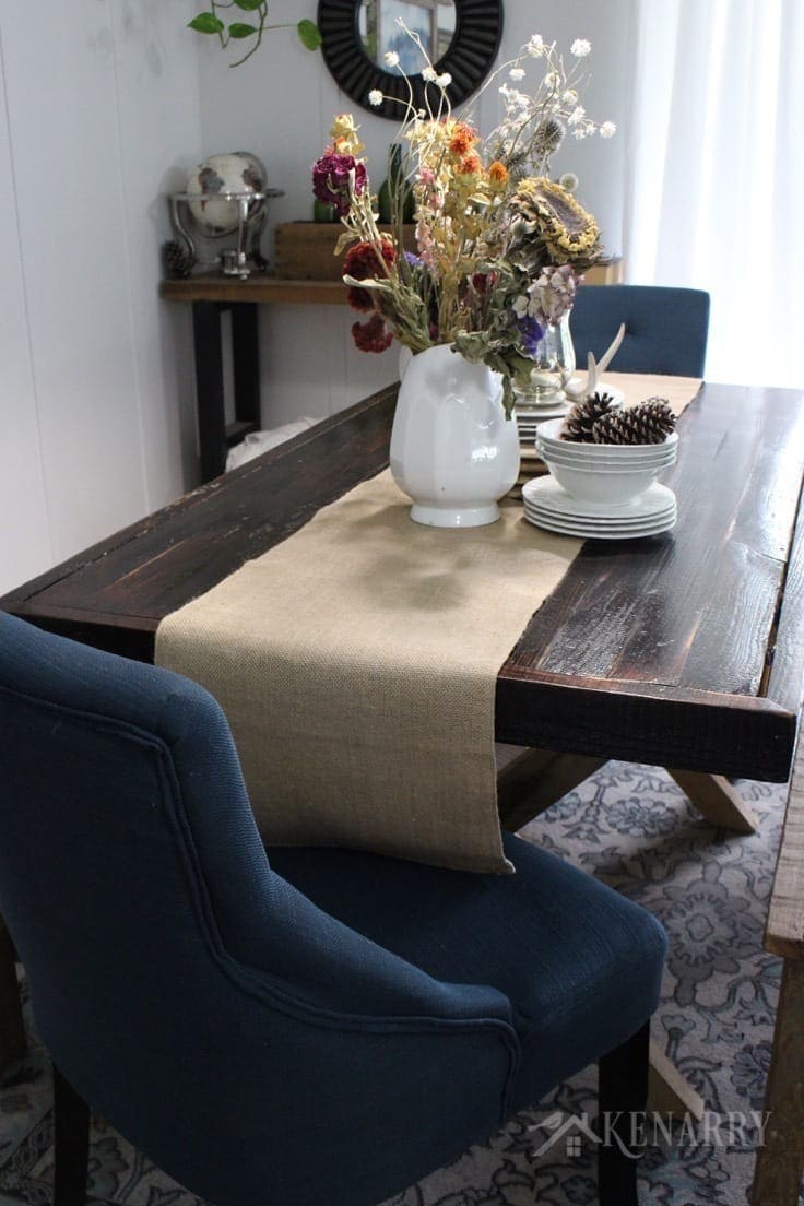 Dining Room Table With Runner 2