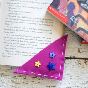 Corner Bookmarks: Easy Felt Craft for Kids