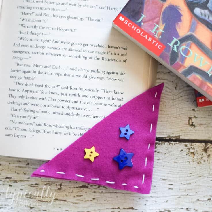 Corner Bookmarks: Easy Felt Craft for Kids