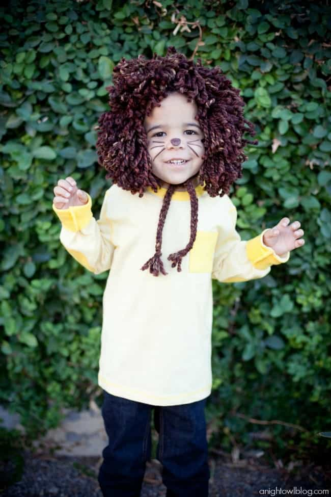 Easy No-Sew Kids Lion Halloween Costume – A Night Owl Blog - Halloween Costumes: The 15 Cutest Ideas for Kids featured on Kenarry.com